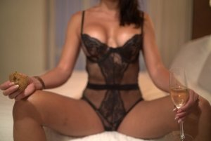 Hertha happy ending massage & escorts