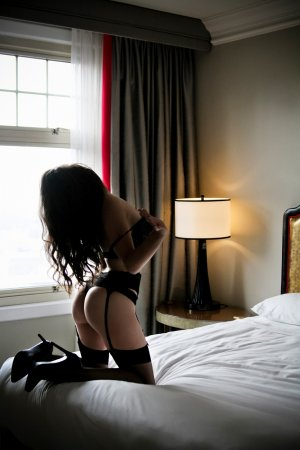 Fitia nuru massage in Wendell & escort girls